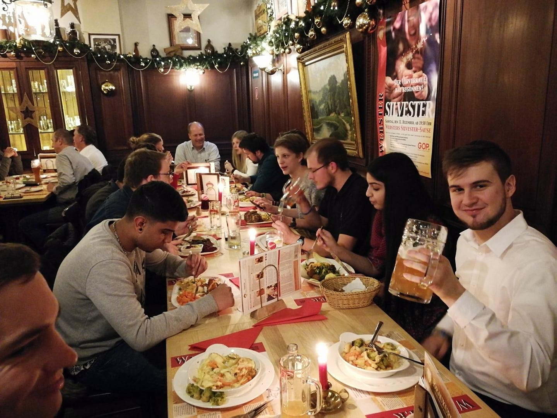 Gop Weihnachtsfeier.Rotaract Club Duisburg Niederrhein